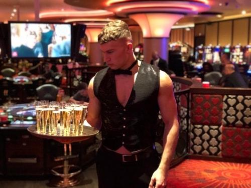 sexy butler bij ladies night in Tilburg
